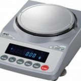 Лабораторные весы DL-1200
